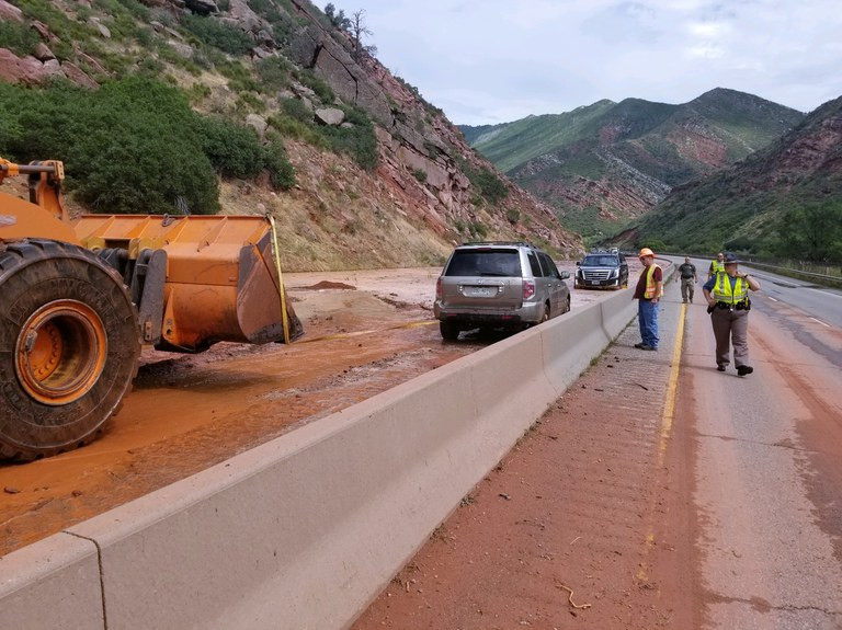 I-70 S Canyon Mudslide.02 (1).jpg