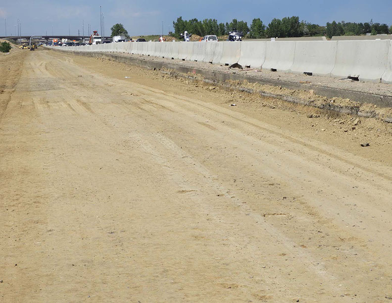 Milling and Paving west of the southbound I-25 barrier
