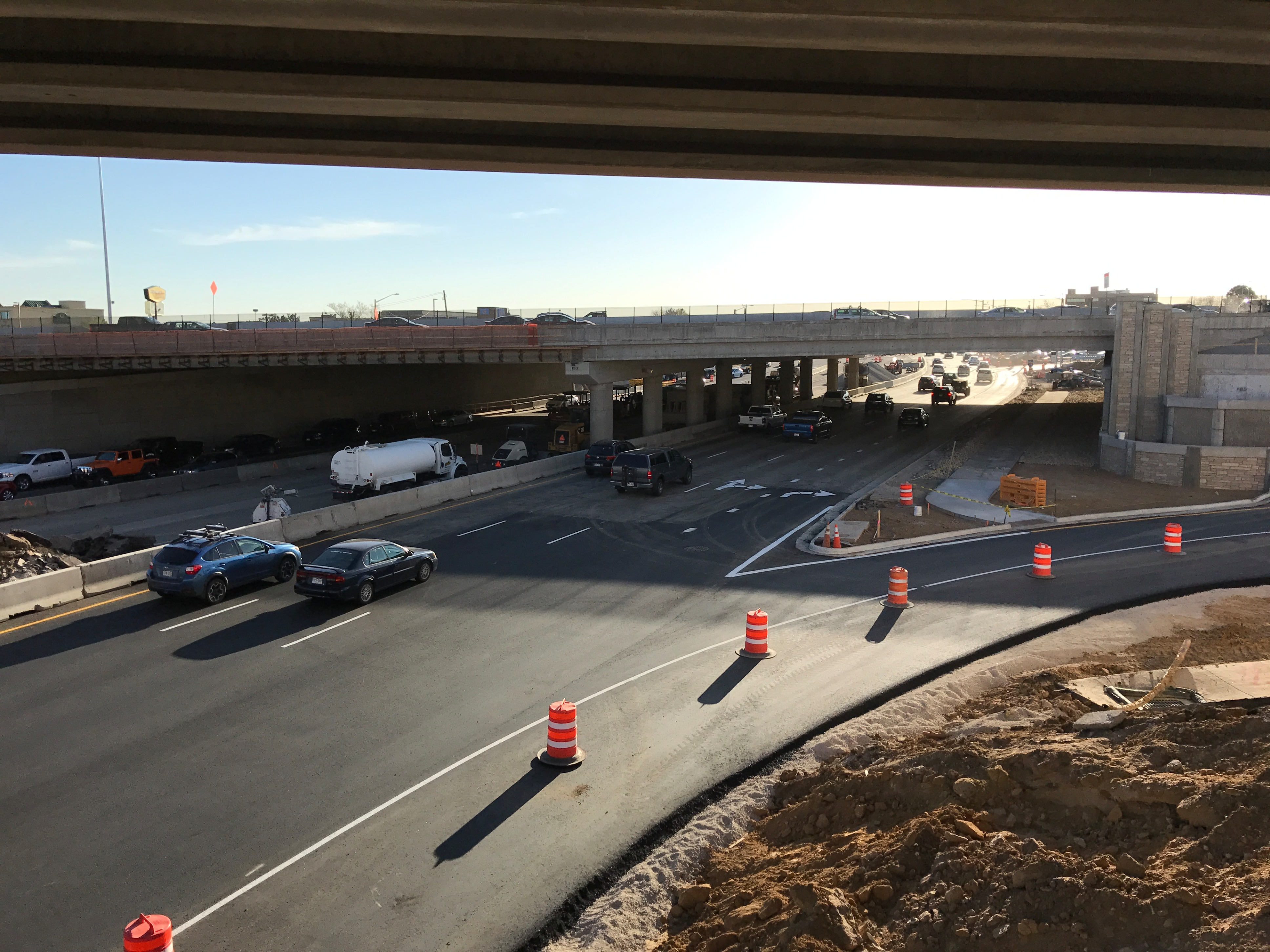 Eastbound to southbound on-ramp in April 2017