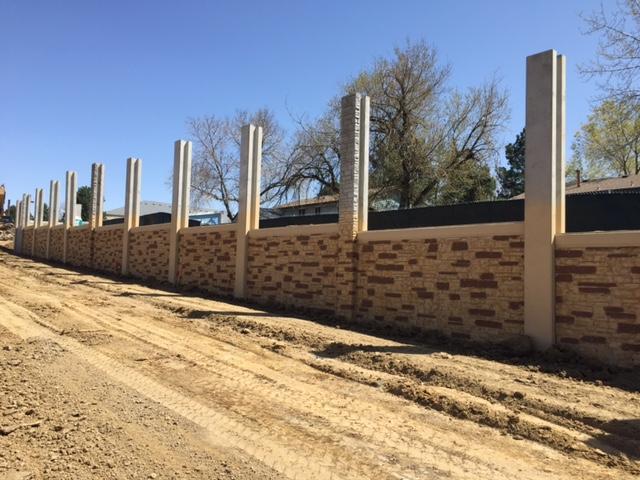 Sound walls adjacent to Arapahoe Road - April 2017