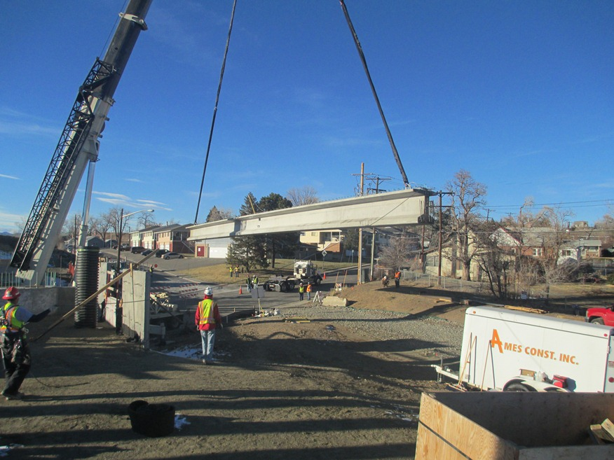 US36 Bridge over Lowell Boulevard Girder Installation 04.24.13 detail image