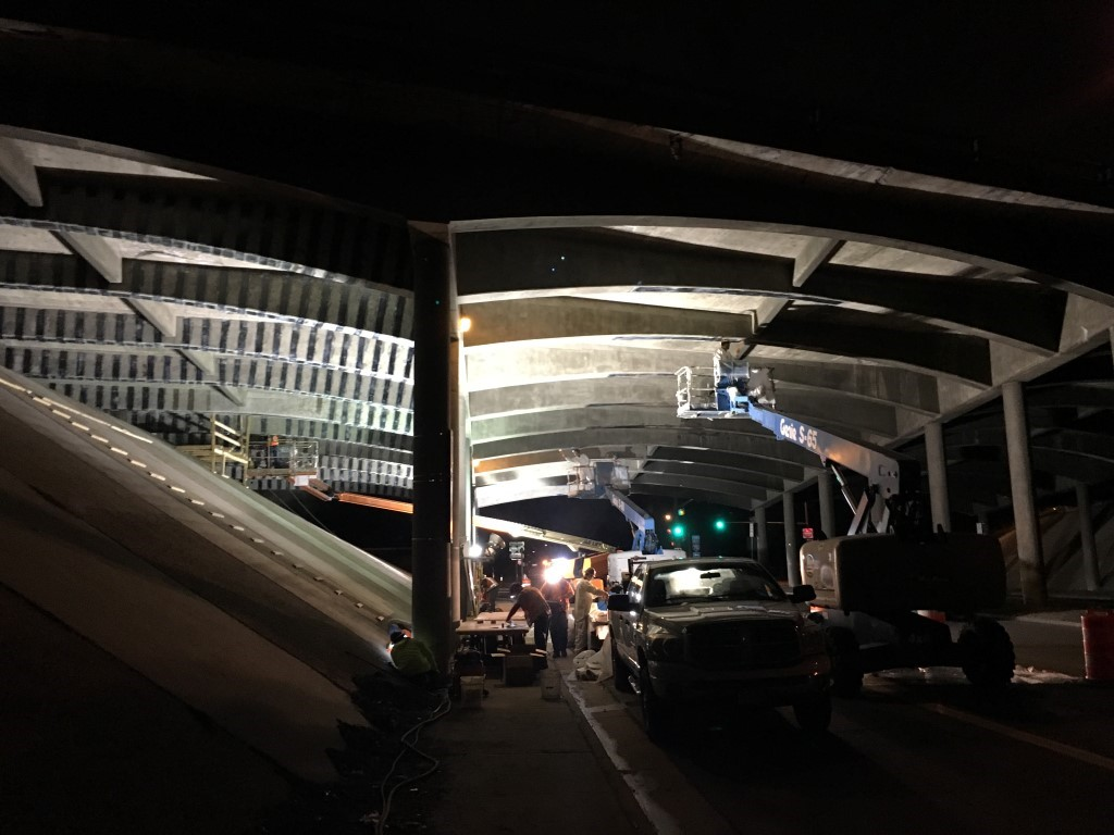 Night work at the Sheridan Boulevard Bridge