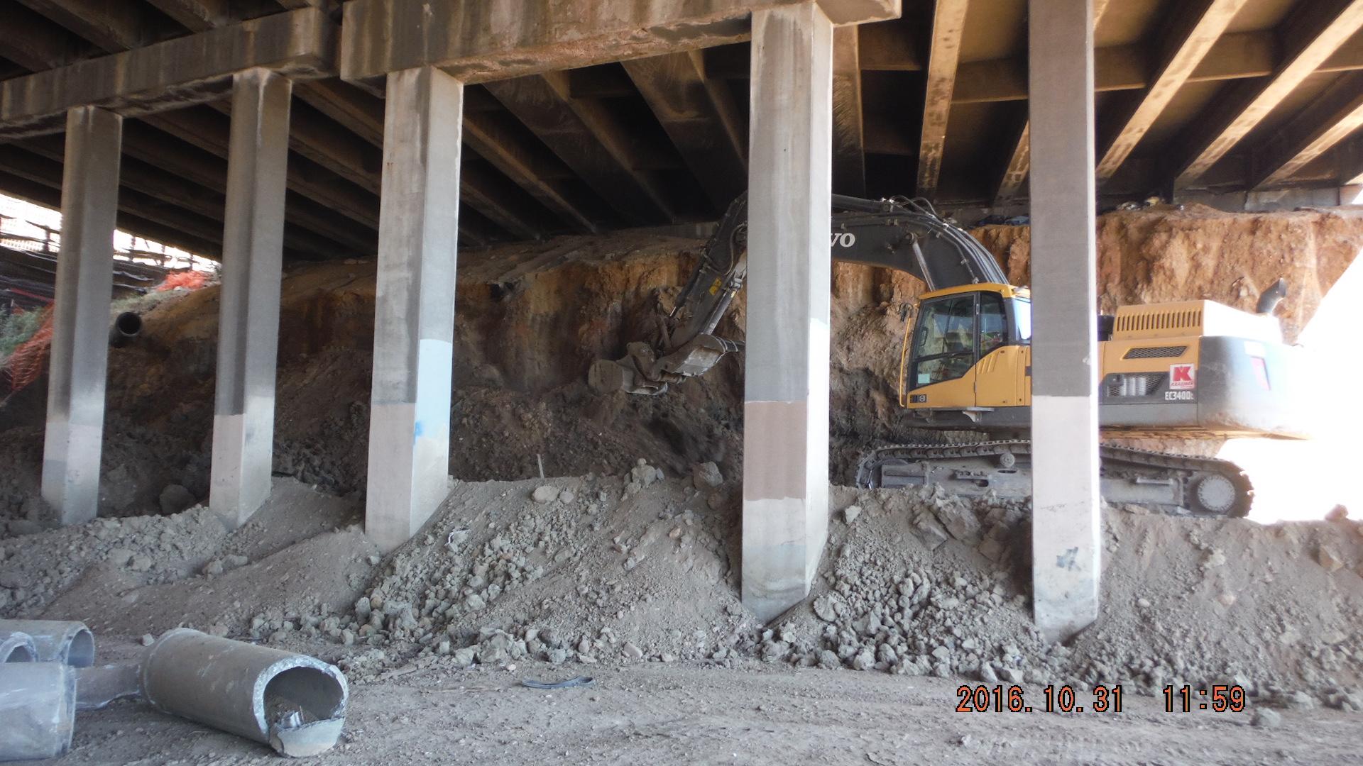 Work beneath I-25 Bridge detail image