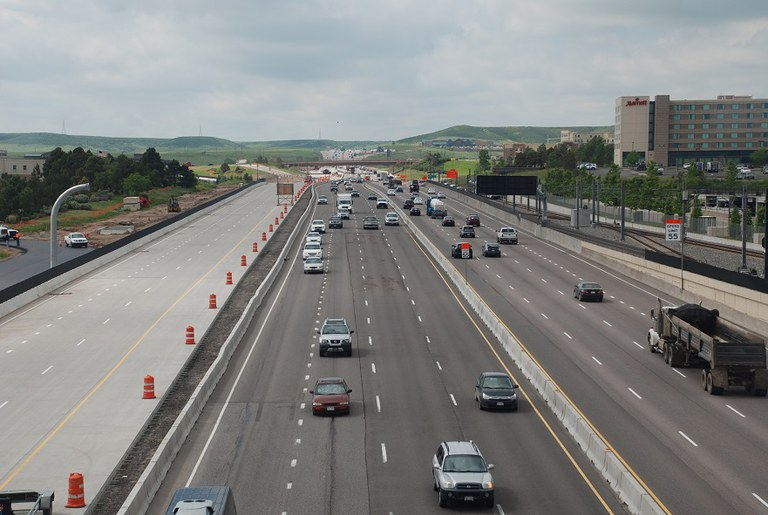 11. I 25 looking south (June 2015)