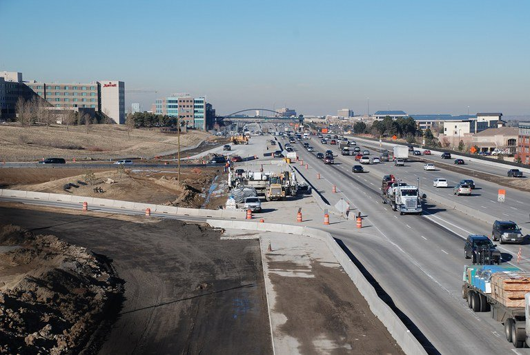 26. Southbound Lincoln ramp paving