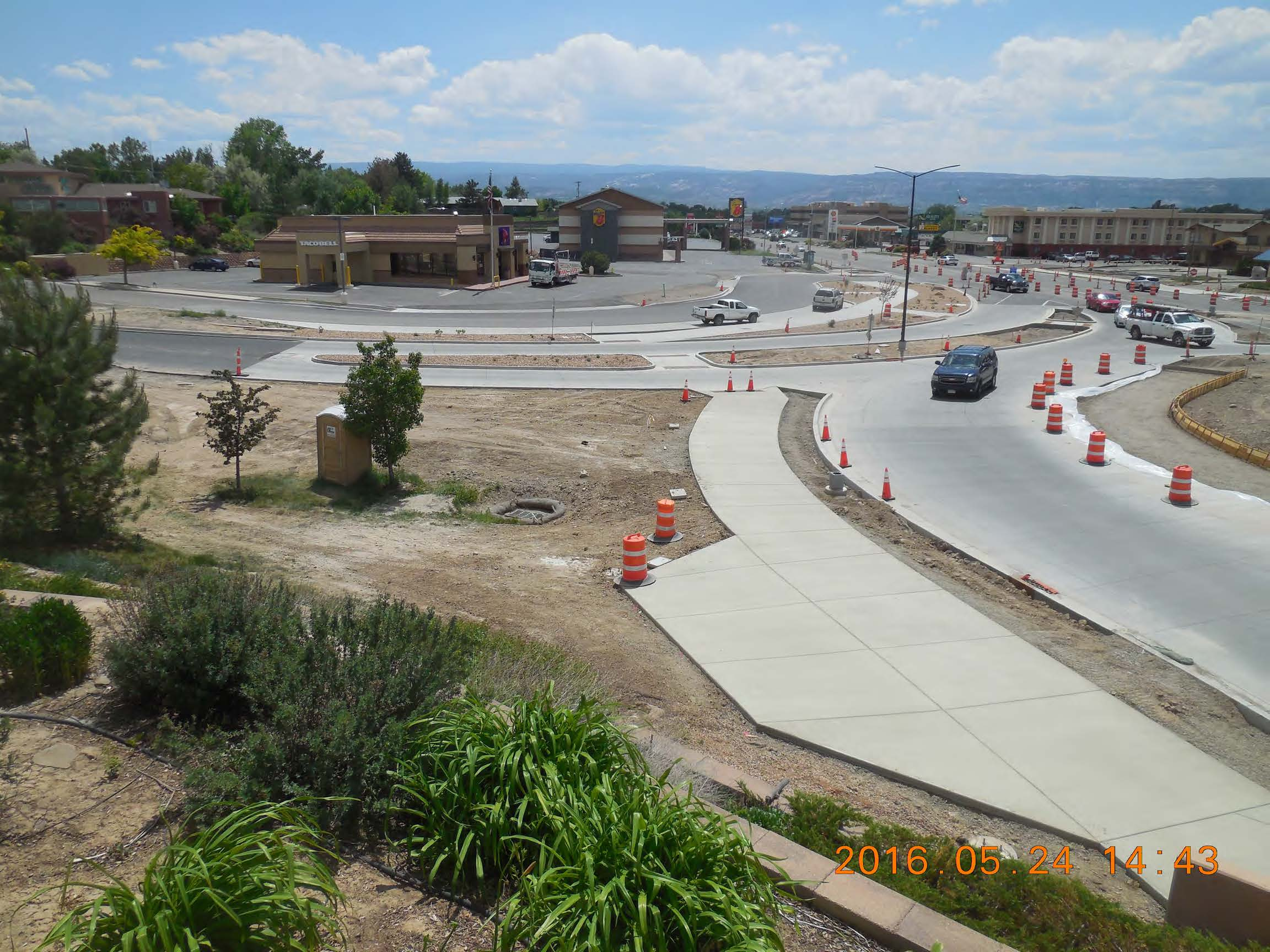 Looking south from I 70 bridge MSE Wall S