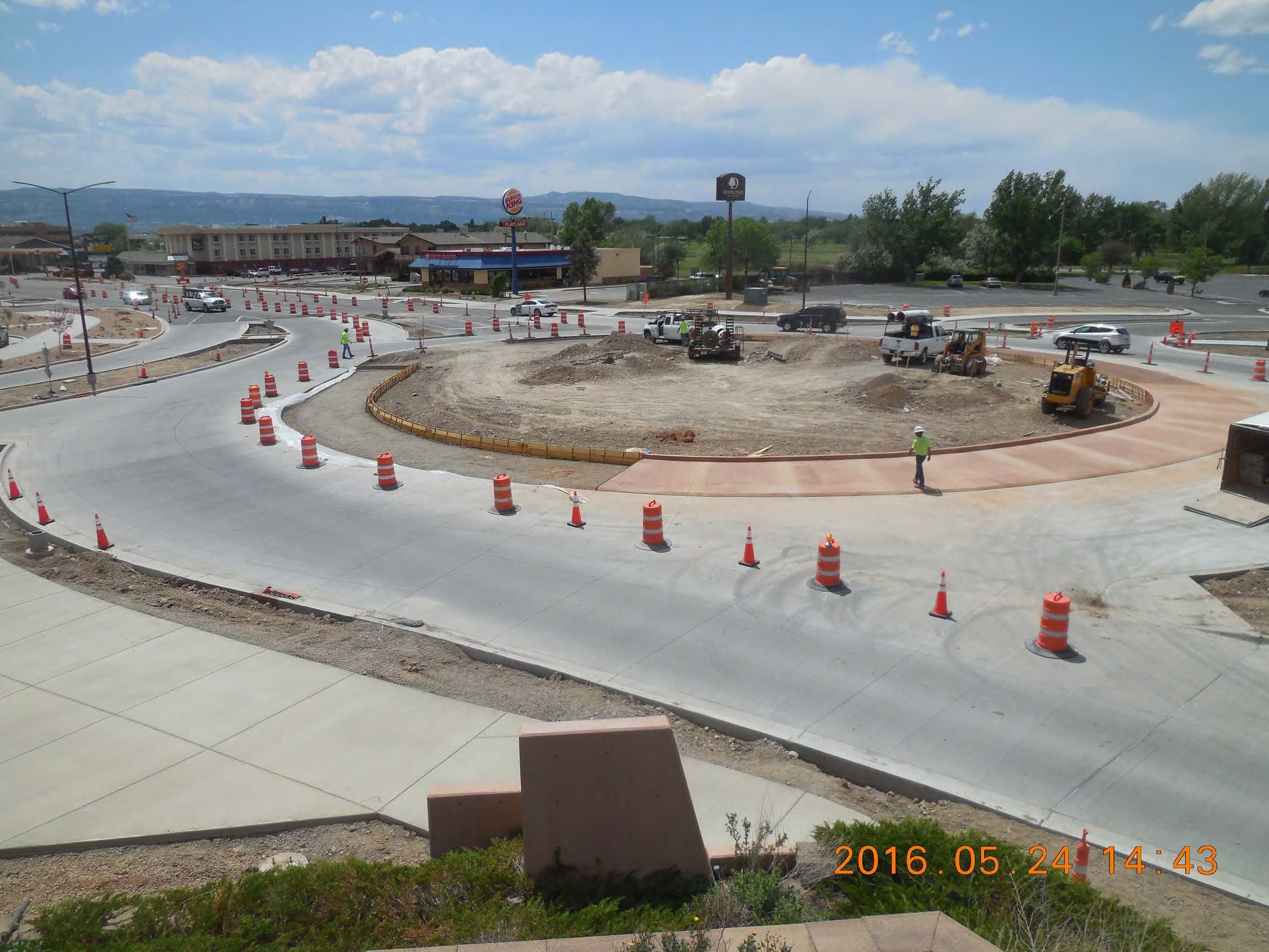 Looking south from I-70 bridge MSE Wall SW