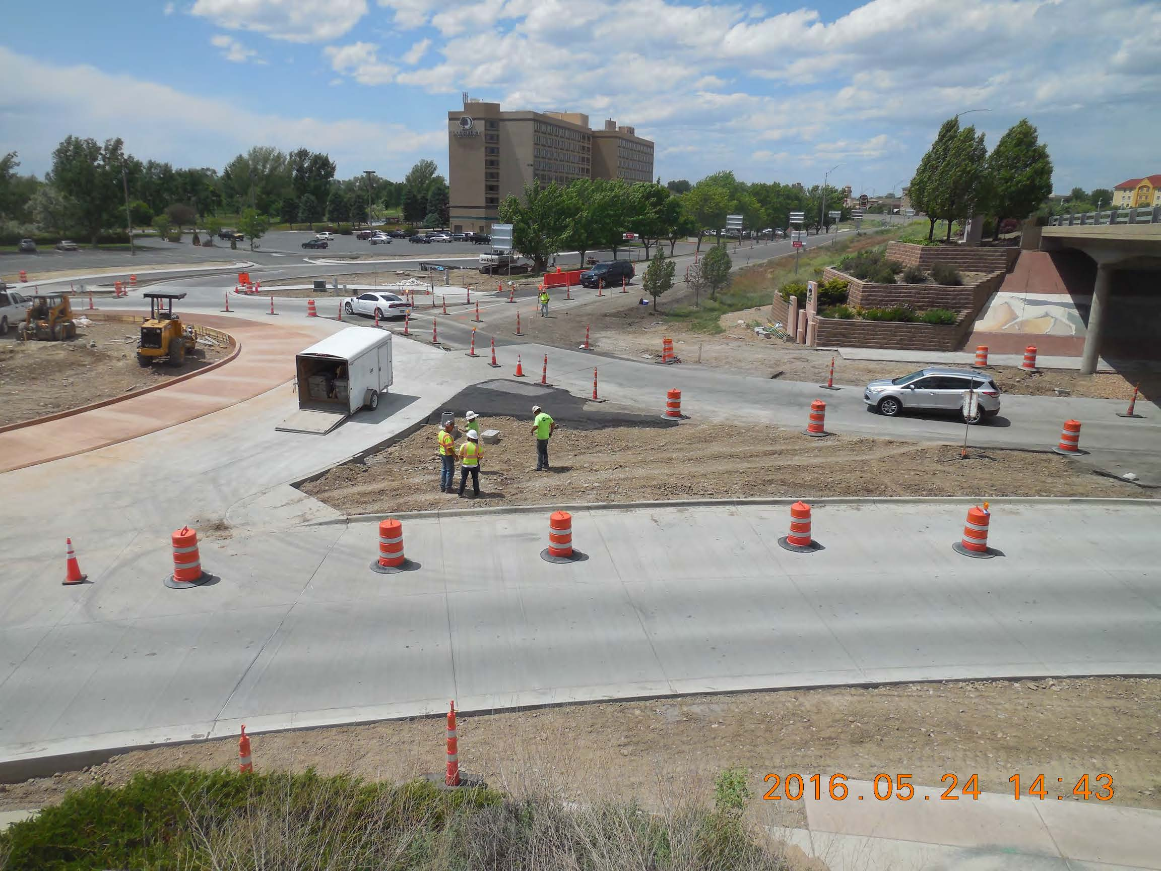 Looking south from I-70 bridge MSE Wall W