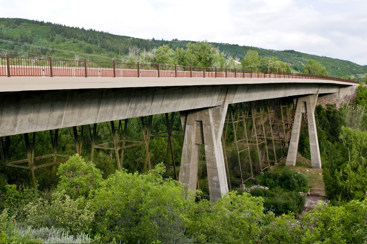 Maroon Bridge After 2008 detail image