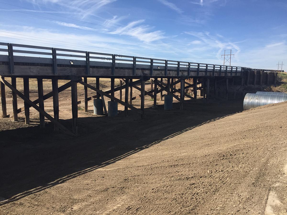 West bridge from detour road: October 2017