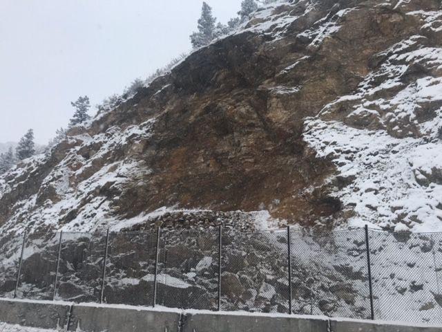 Rockfall slide area near Fall River Road